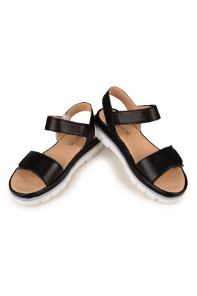 RELAXSHOE - Trendy Sort Sandal med Sporty Look
