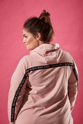 ZHENZI - Hrym Sweatshirt Zipper - Hættetrøje - Gl. Rosa
