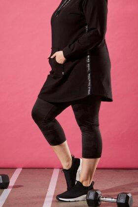 ZHENZI - Hrym Sweatshirt Hoodie - Hættetrøje - Sort