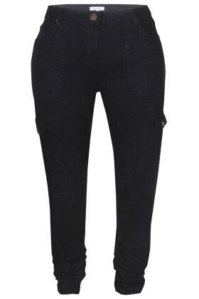 ZHENZI - Rati Sorte Jeans