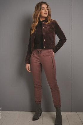 RED BUTTON - Tessy Jog Jeans - Cognac - Lysebrun
