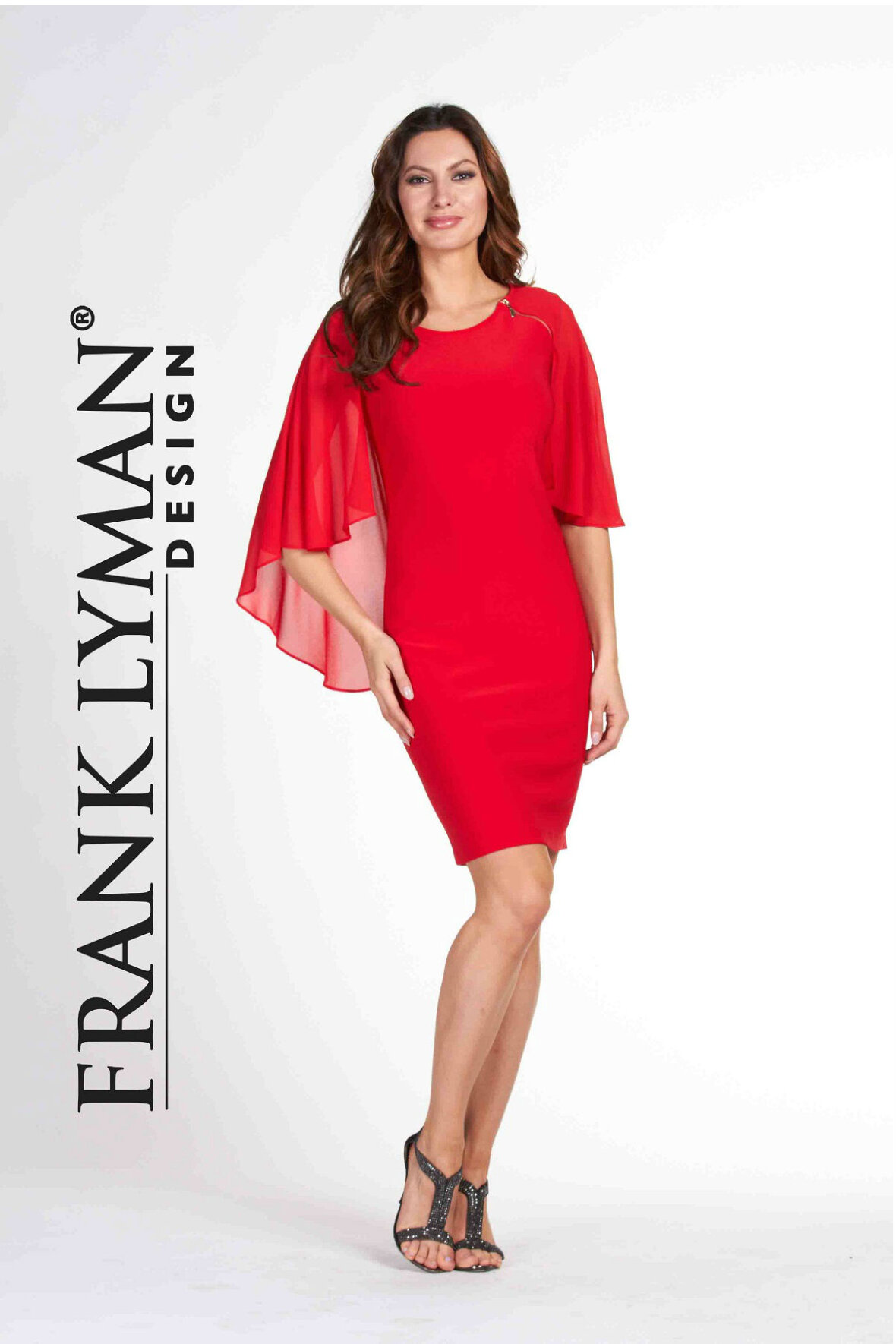 5d65752e Frank Lyman Red Choffon Cape Dress, rød kjole - Hos Lohse